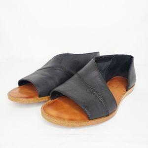 1.State Black Celvin Cutout Flat Sandal 7.5M